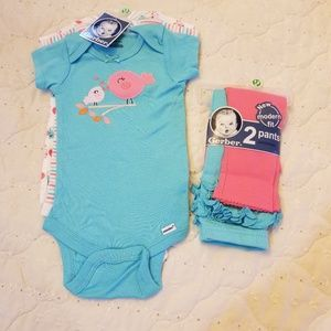 Baby girls onesies and leggings set by Gerber